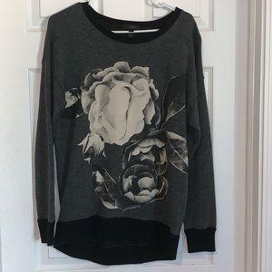 J. Crew Womens Small Gray Graphic Sweatshirt.